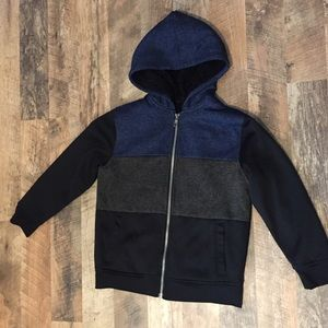 Boys size Small super soft zip up hoodie